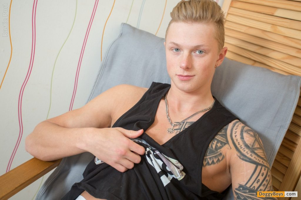 Young Uncut Cock Twink Teenboy Teenager Teenage Solo Smooth Rustie Port Masturbation Jerk Off Boy Blond Hair Big Dick Amateur  DoggyBoys: Uncut Straight Boy Needs To Get His Cum Out (Rustie Port)