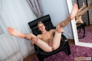 Young Uncut Cock Twink Teenboy Teenager Teenage Solo Smooth Masturbation Jerk Off Boy Blond Hair Big Dick Bert Meyer Amateur  DoggyBoys: Blond Twink Boy Bert Enjoys His Dick (Bert Meyer)
