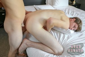Twinks Trimmed Smooth Shaved Riding Oral Sex Missionary Masturbation Large Dick Kissing Justin White Jerk Off Gay Fucking Doggy Style Cut Dick Cum In Ass Cum Clean Shaven Bryce Christiansen Boys Bareback Anal Sex American  BareTwinks: Hungry For More Than Pizza (Bryce Christiansen & Justin White)