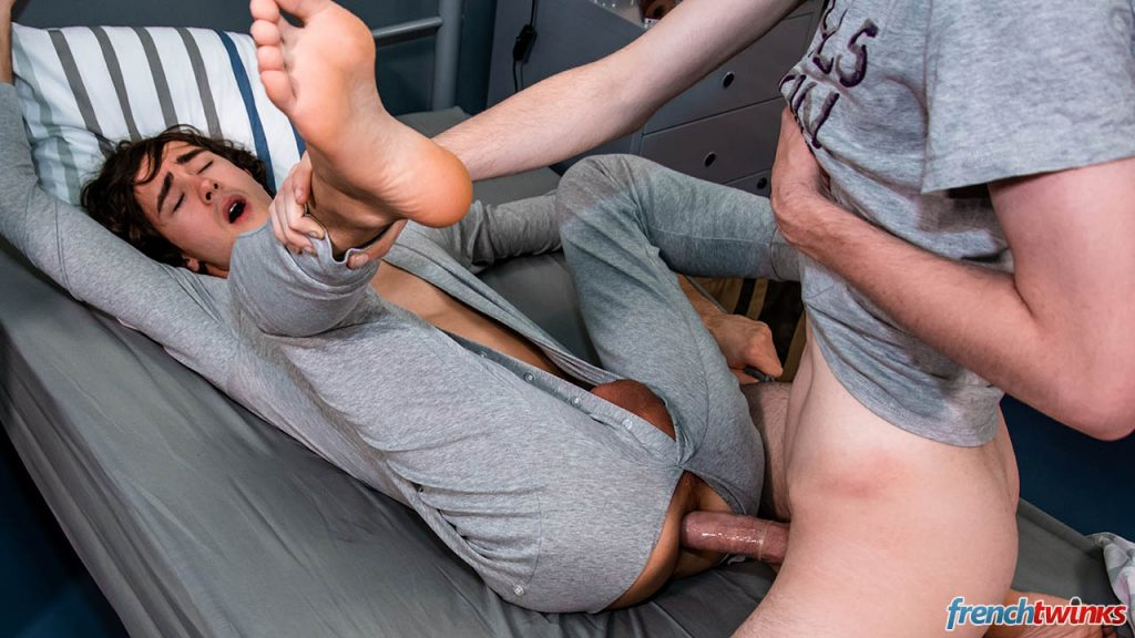 Young Twinks Porn Paul Delay Gay French European Clark Lewis Boys Blowjob Anal Sex  French Twinks: Night Drive (Paul Delay, Clark Lewis)
