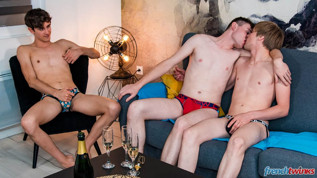 Young Uncut Cock Twinks Twink Threesome Spit Roasting Spit Roast Smooth Paul Delay Lucas Bouvier Justin Leroy Group Sex Gay French European Double Penetration Cumshot Boys Blowjob Big Dick Anal Sex  French Twinks: Two Nice Cocks for Paul (Paul Delay, Justin Leroy, Lucas Bouvier)